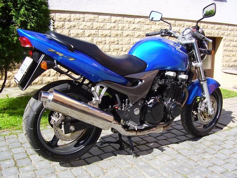 KAWASAKI ZR-7 S 2002 750 cm3 | moto roadster | 59 280 km
